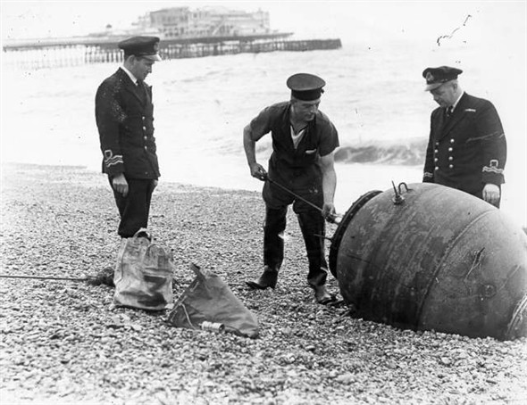 Removing mine after World War 2 in Brighton