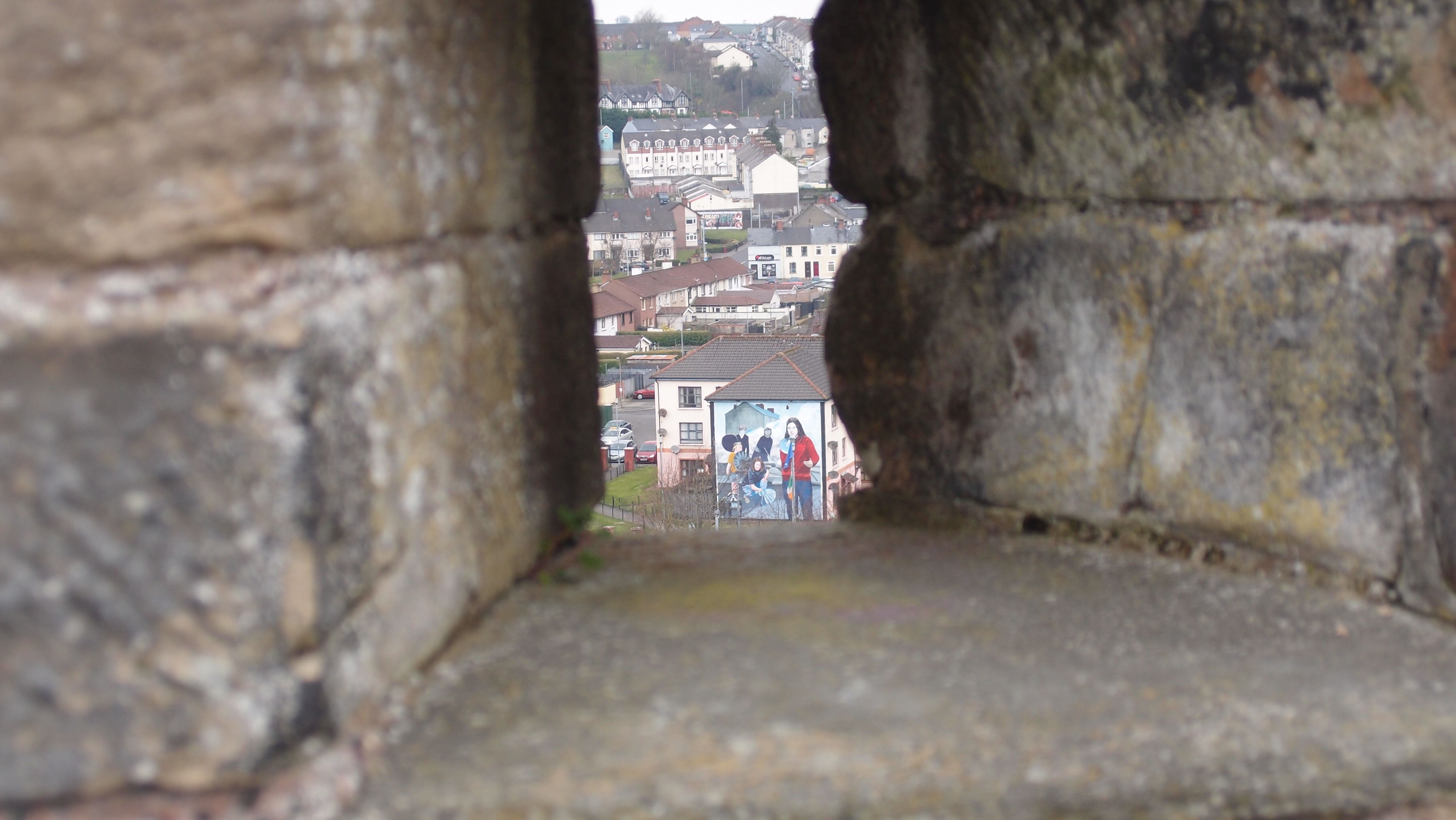 Cannon view of the Bogside in Derry